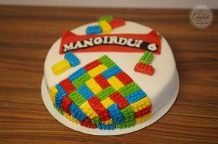 Lego torto papuošimas