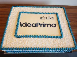 tortas su imonės logotipu