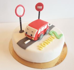 tortas berniukui autobusiukas